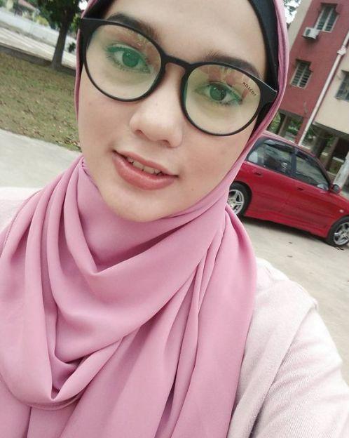 malaysia girls whatsapp number